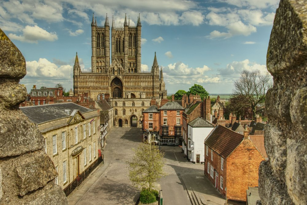 Lincoln Cathedral HDR.jpg