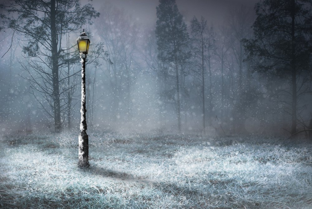 Winter Snow lamp scene.jpg