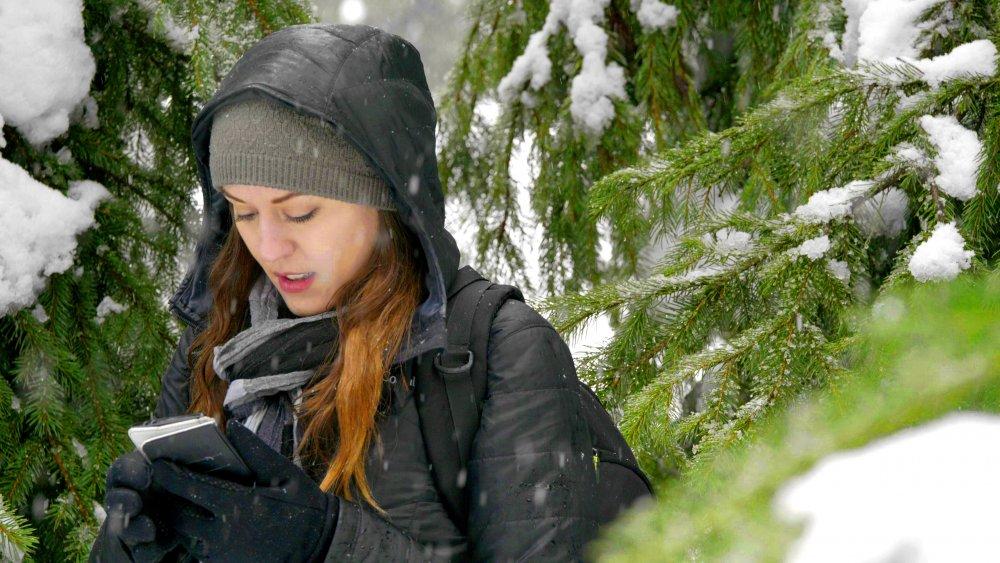 60p Snow Handheld.00_00_01_44.Still0023.jpg