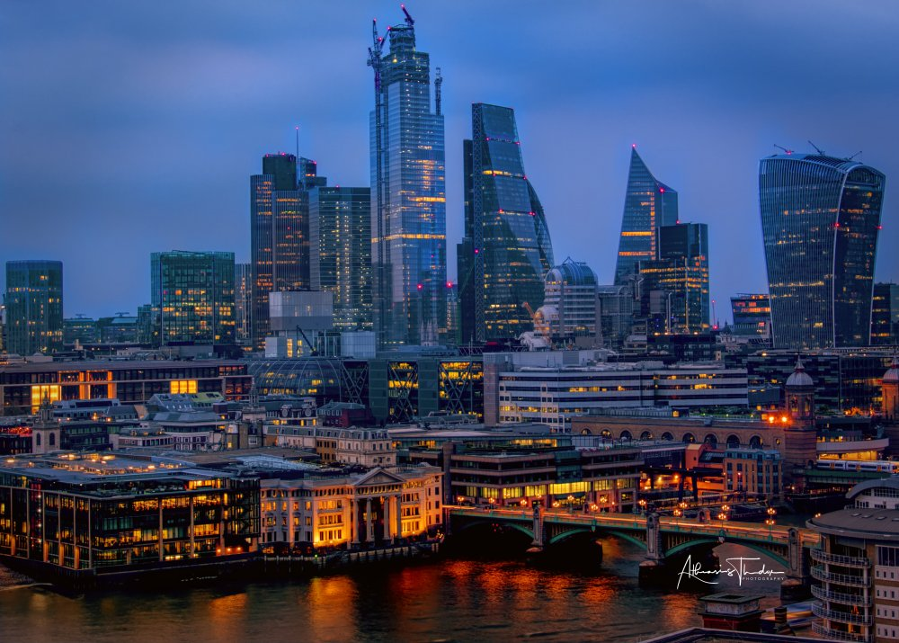 London City sky scrapers 6pm.jpg