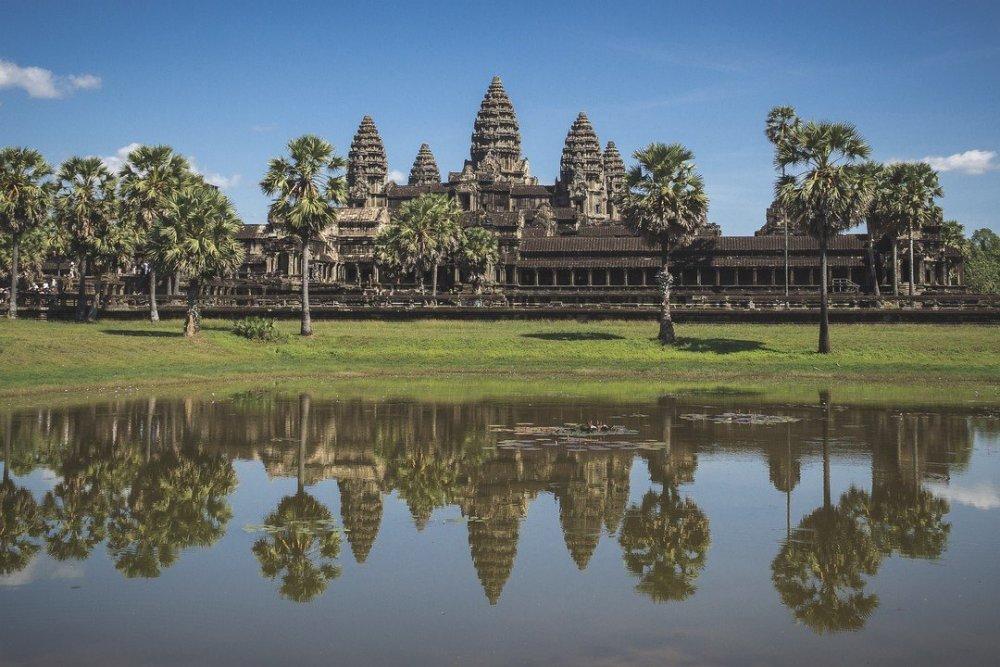 1713949945_AngkorWat_orig.thumb.jpg.79f253fca5452b59ba0a4c3a0b0bd2e6.jpg