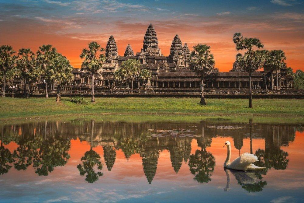 365170265_AngkorWat_2_small.thumb.jpg.870a2be84bd2b5f8ca502e95130c3aeb.jpg