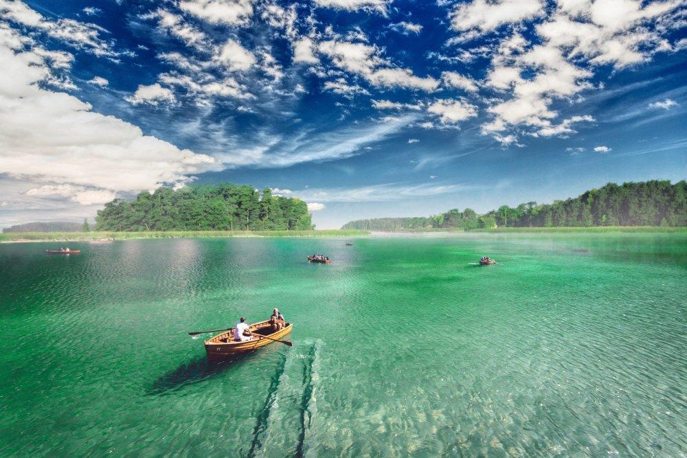 Lake.thumb.jpeg.55829e138fc18dc3a9aeebd9dd0de693.jpeg