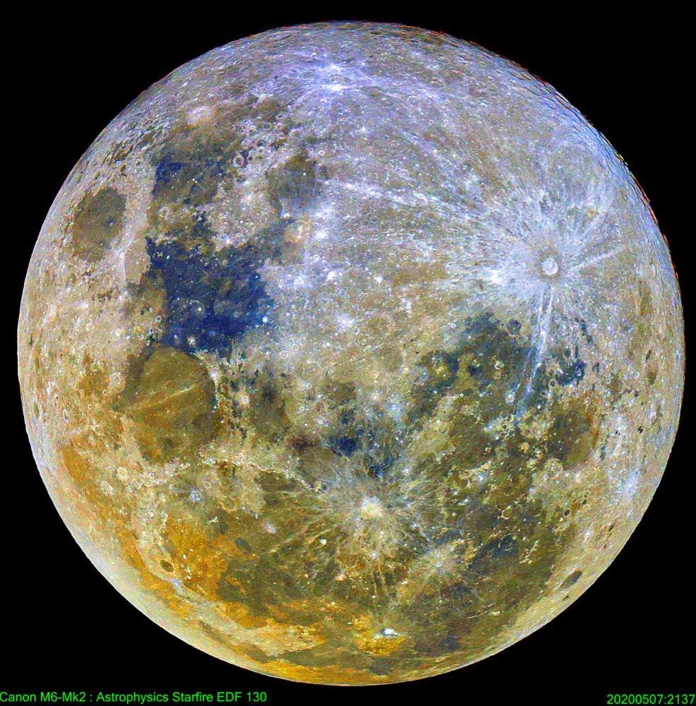 moon_1720_colour_985x1000_resize.jpg